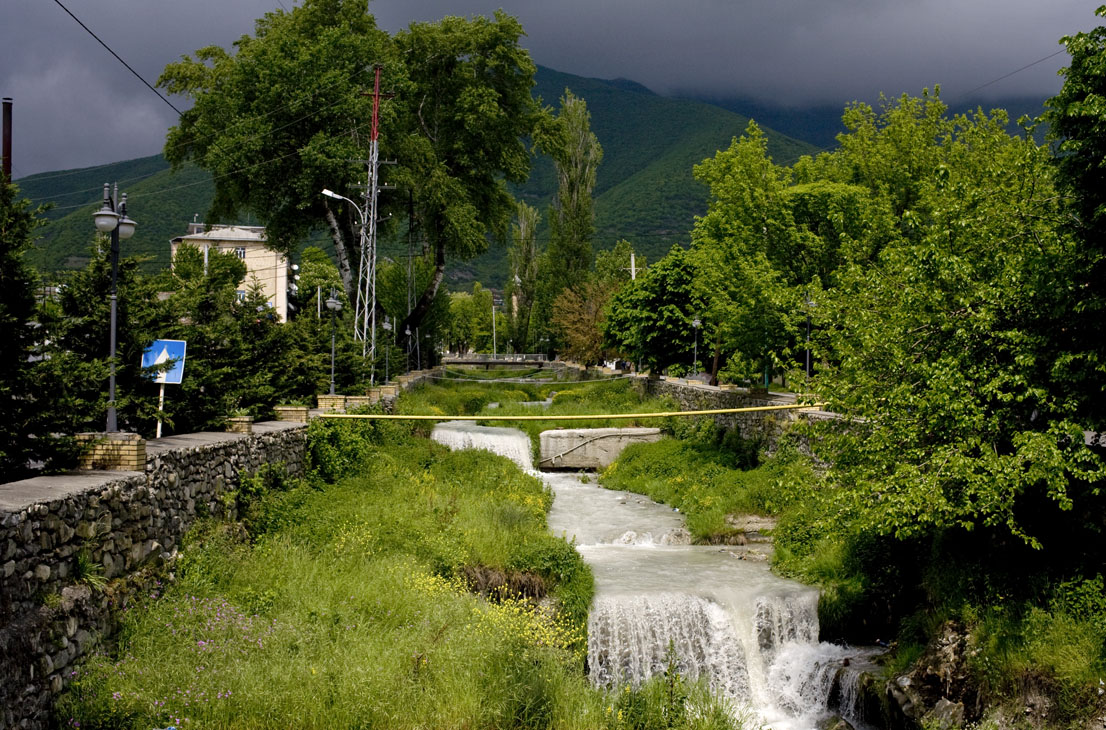sheki river